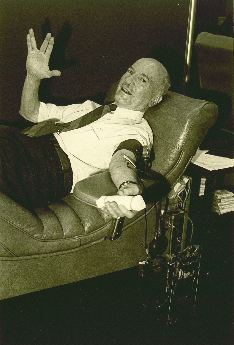 Robert Heinlein giving Star Trek Vulcan salute as he donates blood - print res CMYK jpg