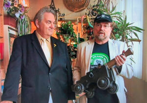 Bill Patterson and Brad Linaweaver with Heinlein's brass cannon.